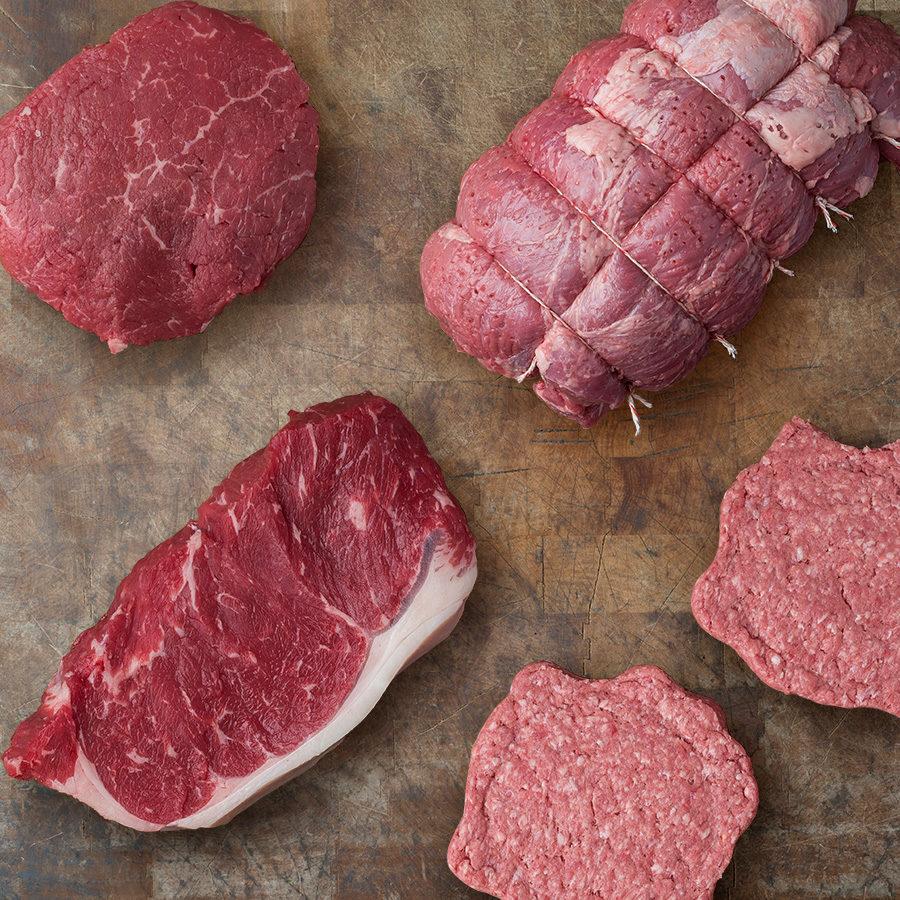 Assortiment de pièces de viande de boeuf